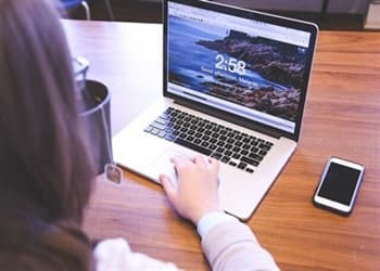 הלוואה בריבית דרך האינטרנט